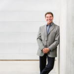 Dr. Robert Cialdini The Psychology Powering Influence and Persuasion